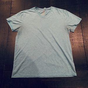 Oakley Men's Slim Fit V-Neck T-Shirt